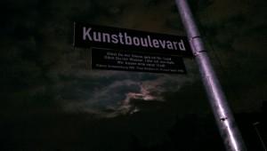 http://www.robinbischoff.com/files/gimgs/th-42_Kunstboulevard_Nachts_01_v3.jpg